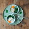 Oeufs en cocotte met spinazie en gerookte zalm